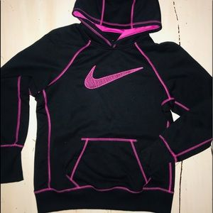 Ladies NIKE Therma -Fit Pull Over Blk/ Hot Pink